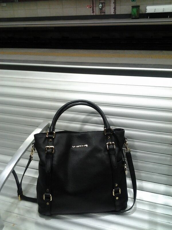2013 02 michael kors bag train
